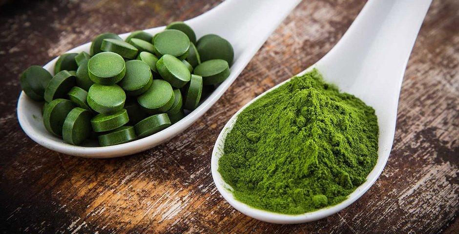 Chlorella bevat een stofje dat Chlorella Growth Factor wordt genoemd, dit stofje bevat zogenaamde nucleïnezuren