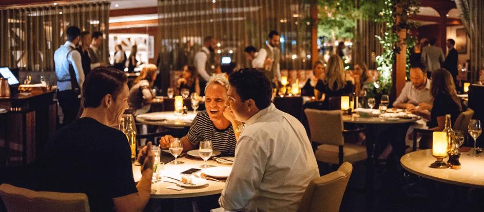 Hoe kun je het ketogeen dieet blijven volgen in een restaurant?