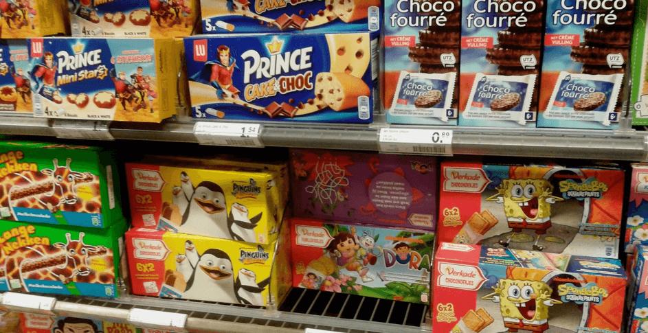 Snoep- en koekverpakkingen met kindermarketing