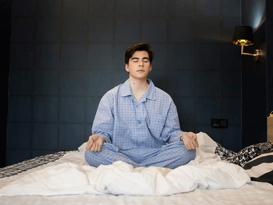 Keto slapeloosheid kan worden tegengaan door te mediteren voor slapen