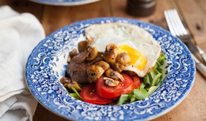 Steak met ei